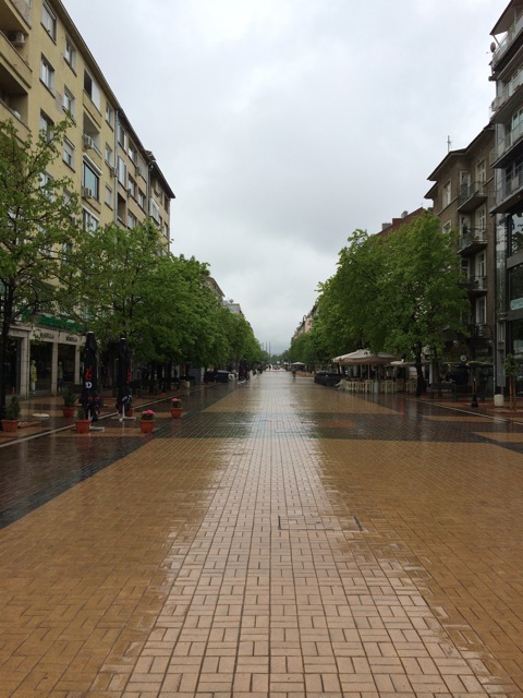 The main drag with all the shops. So where are all the shoppers? This was taken just before noon on Saturday